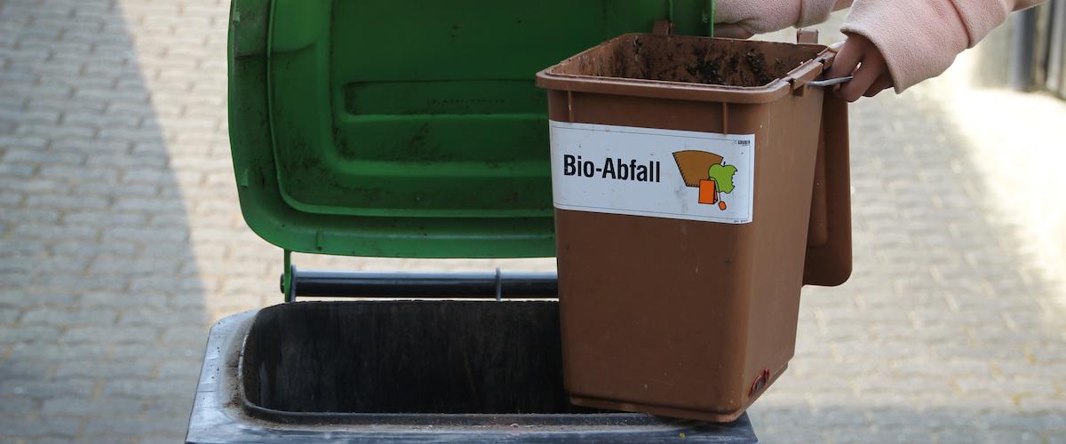 BDE-Expertin Dr. Annette Ochs im Gespräch – Bioabfälle: Getrenntsammlung sträflich vernachlässigt